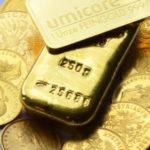 Goldbarren und Muenzen