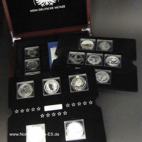 Collection Fabulous 15 Serie 2012 mit Zertifikat in Holzbox 15 Silbermünzen Anlagemünzen